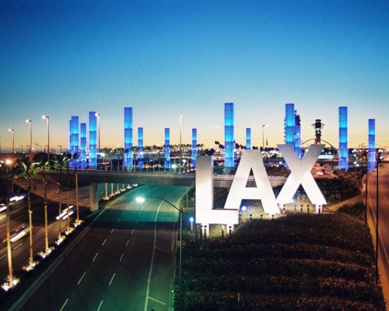 7018243-lax-airport-sign